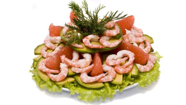 RETHA'S GRAPEFRUIT AND AVOCADO SALAD WITH SHRIMP